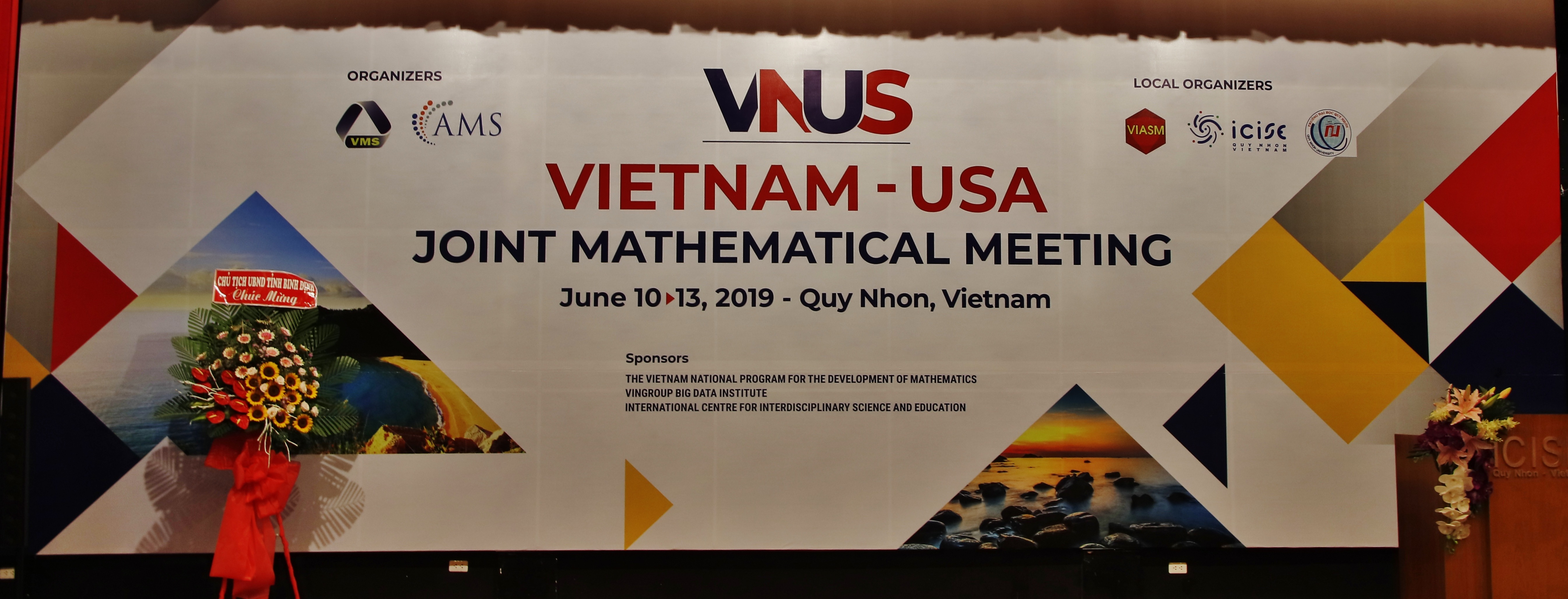 The Vietnam - USA joint Mathematical Meeting 2019